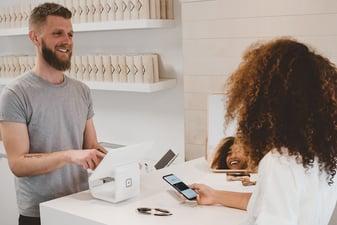 Como marca ¿sabes enamorar a tus clientes potenciales?