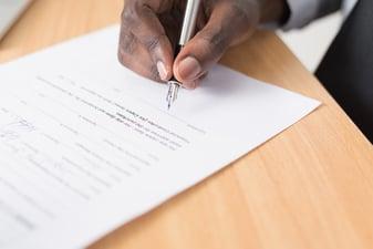 ¿Qué son los Smart Contracts y para qué sirven en las empresas?