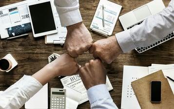 ¿Cómo es un organigrama de un departamento de marketing?