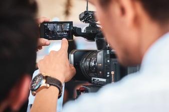 Servicios de producción audiovisual (Motion Graphics, GIFs animados…)